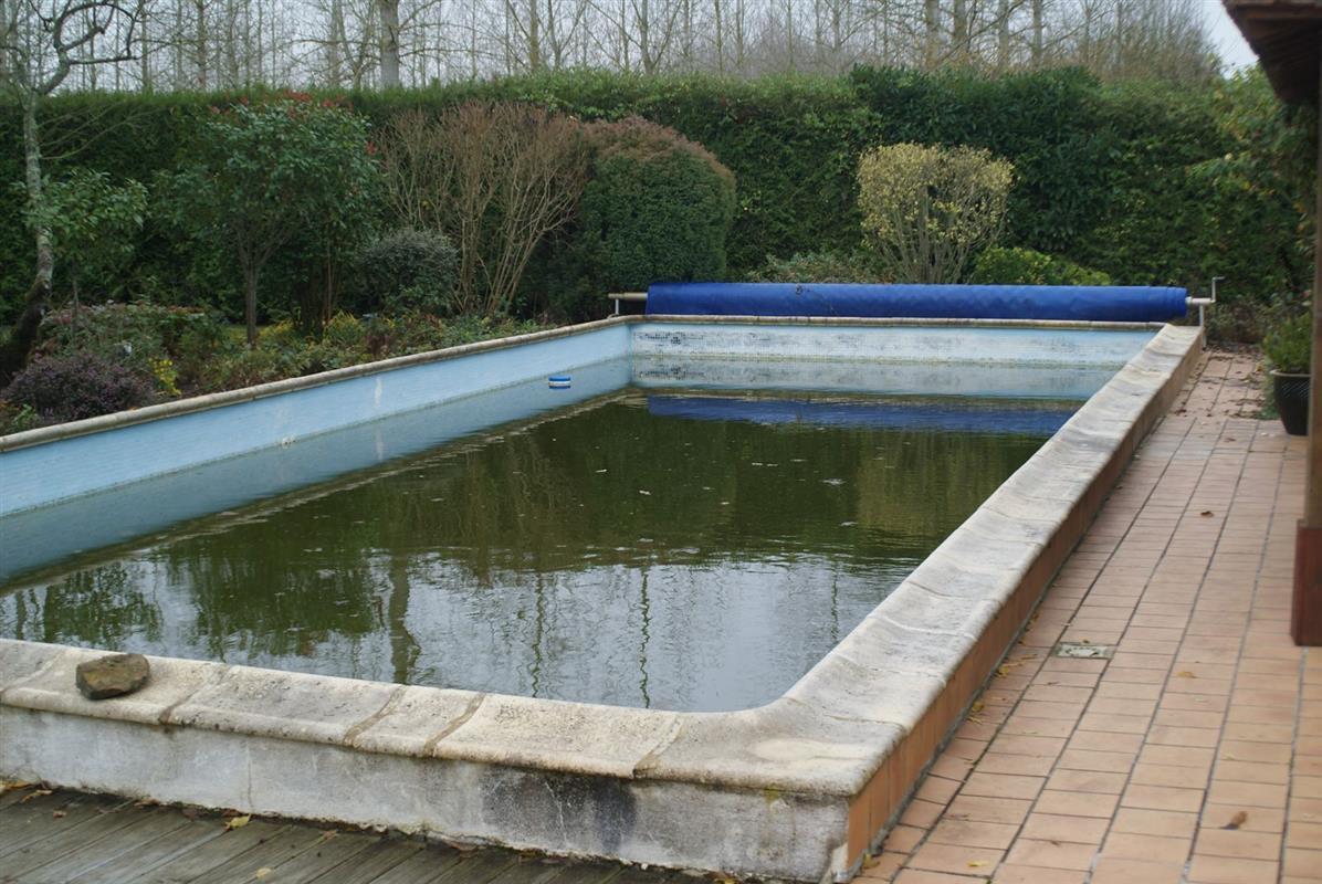 R nover sa piscine avec liner arm r novation et for Liner bassin
